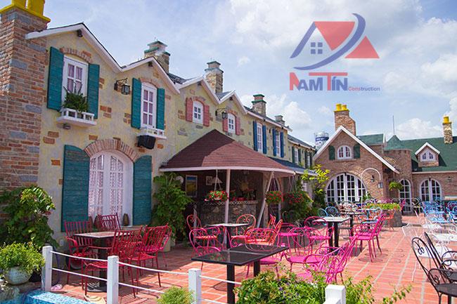 trang trí quán cà phê sân vườn 10